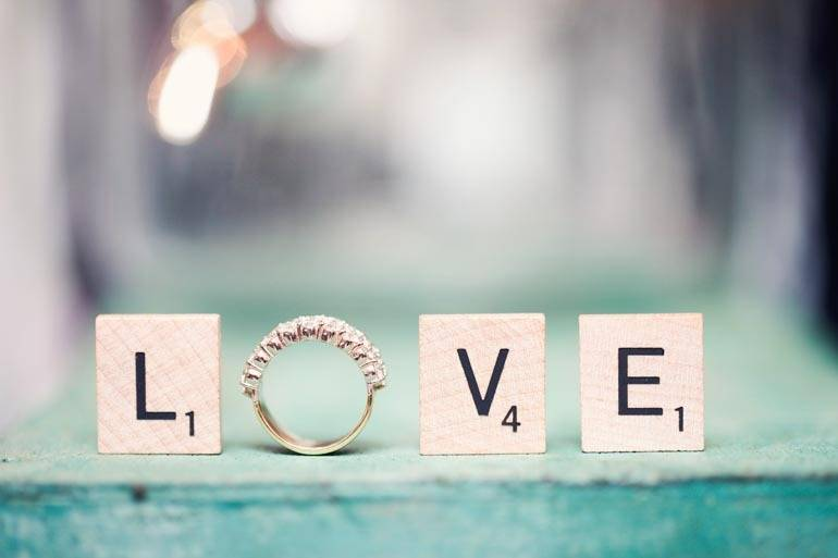 scrabble-ideas-for-your-engagement-and-wedding-2